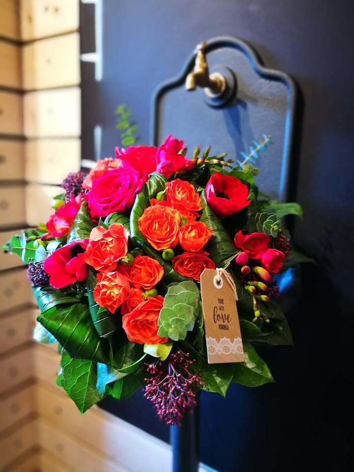 httpwww-kvetinyveronica-cz-kvetinarstvi-venkovni-dekorace